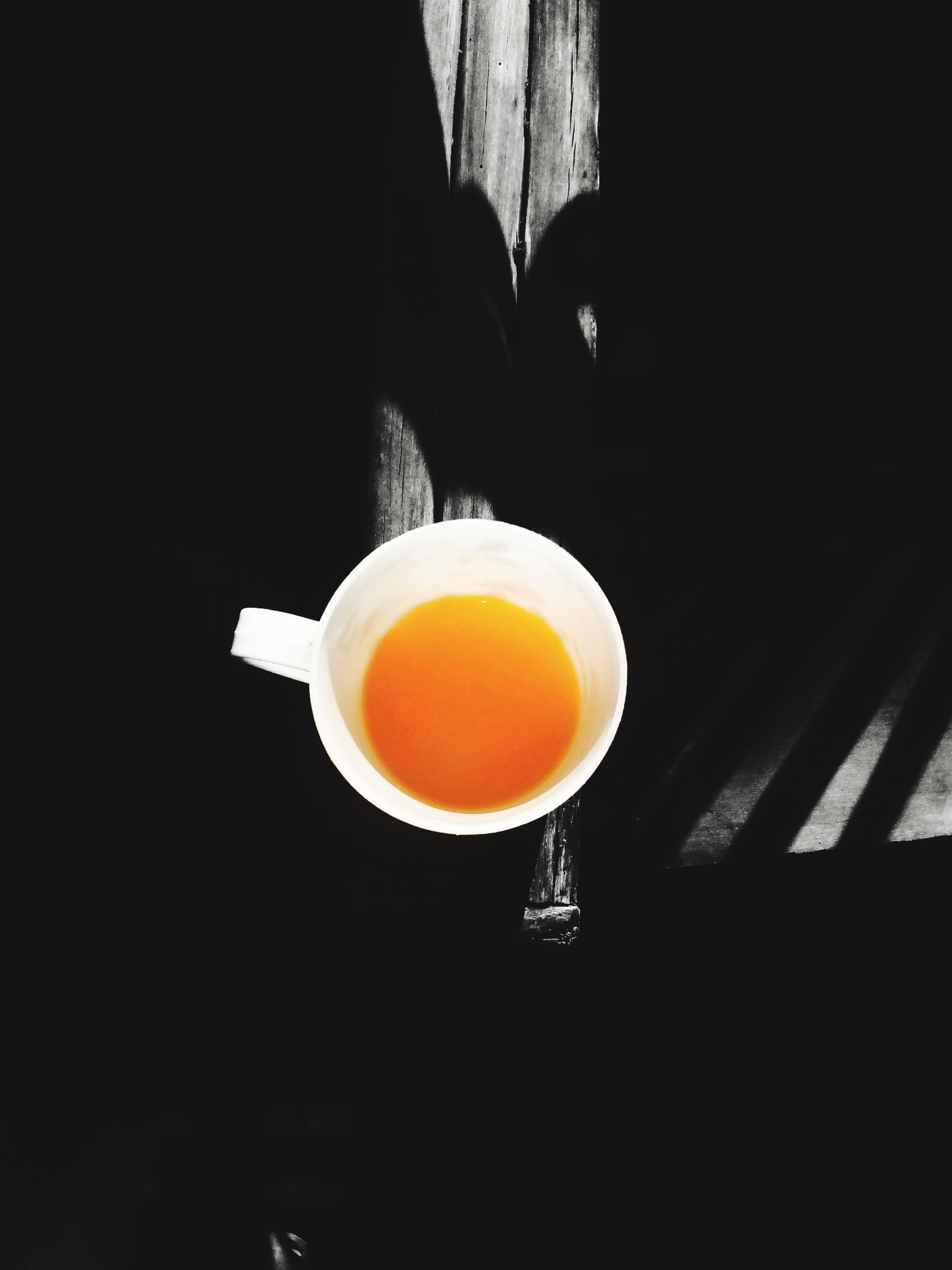 drink, food and drink, coffee cup, refreshment, coffee - drink, freshness, coffee, saucer, indoors, cup, table, healthy eating, frothy drink, still life, beverage, close-up, spoon, tea, tea cup, cappuccino