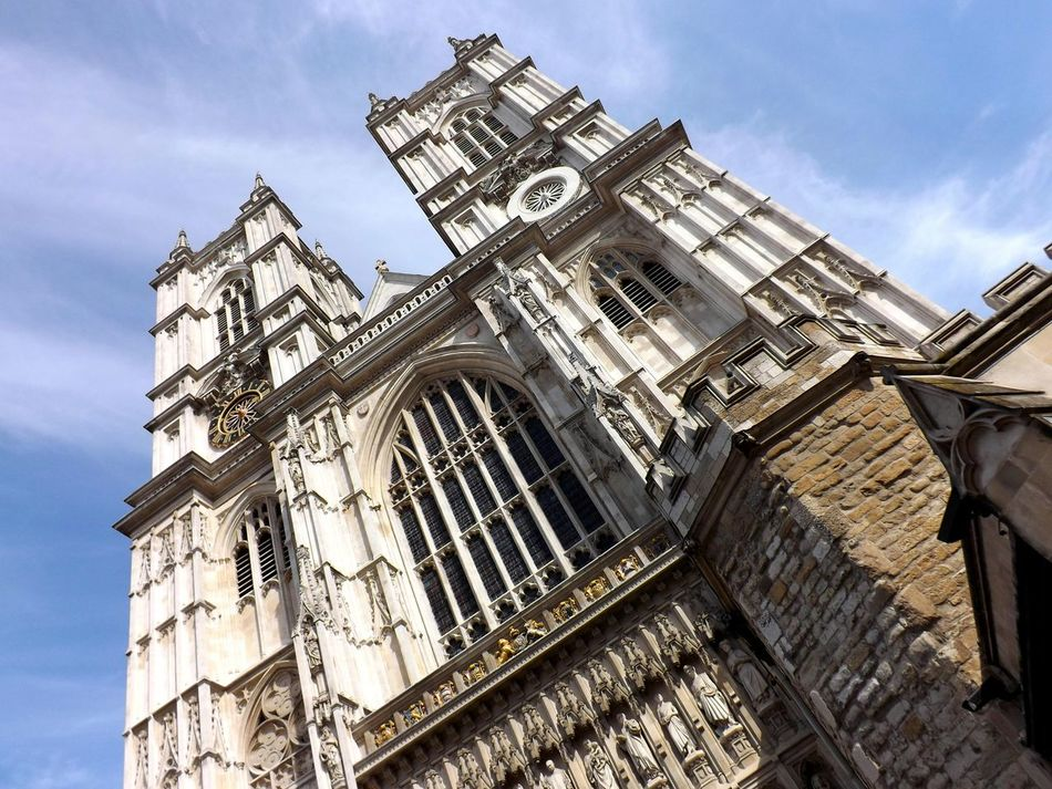 Westminster Abbey at an angle Taking Photos Londonphotography Architecture Londonarchitecture London Westminster Westminsterabbey Photography