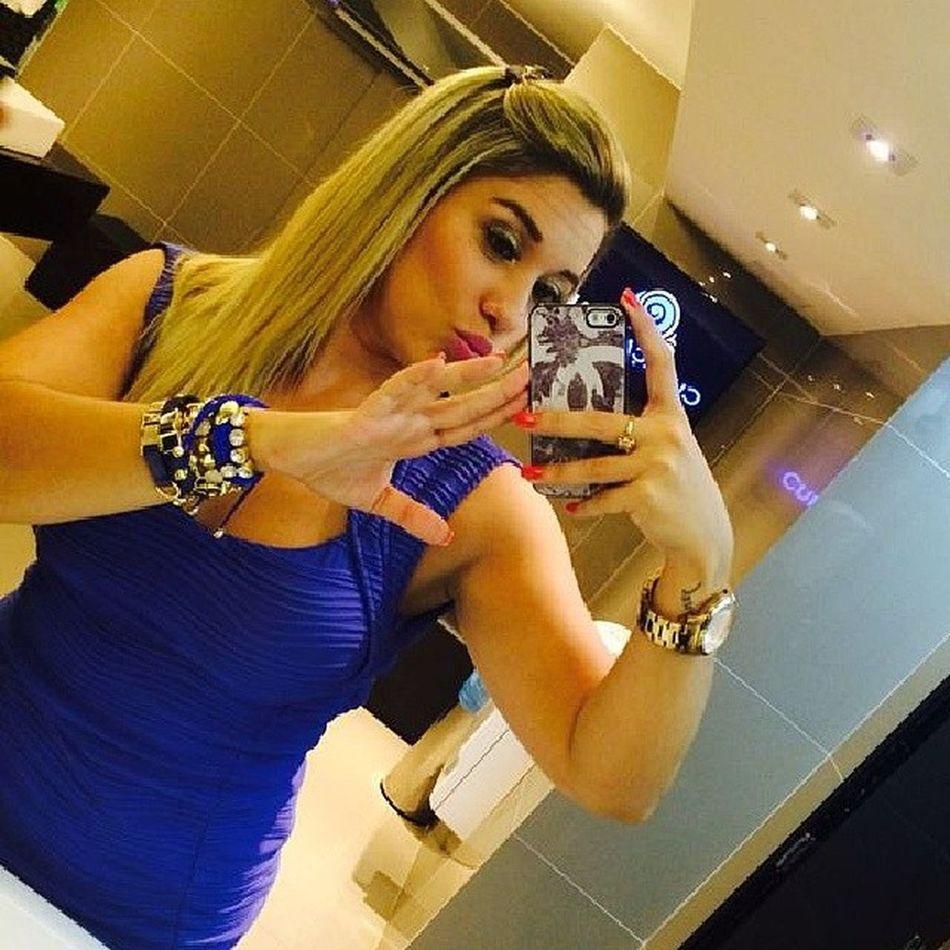 Ela sempre arrasa no look. Usando seu lindo mix de pulseiras azul Diva Amô Saelbiju ????????? @tahendry @tahendry @tahendry