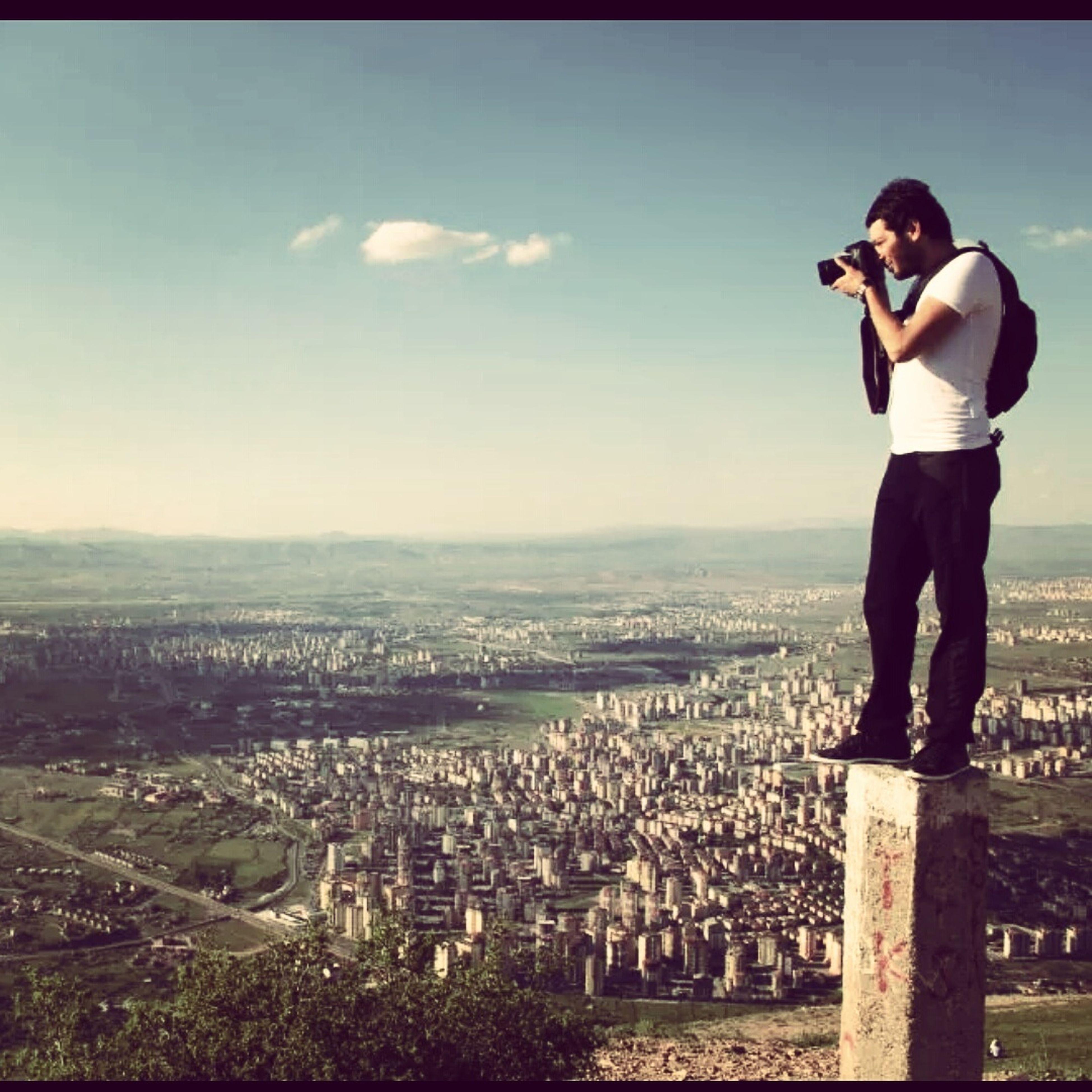 Zirvenin tepesinde pozlama yaparken :)