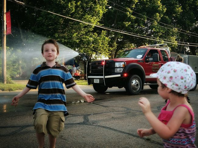 Old Settlers Picnic Parade Firetruck Small Town USA Watergun Check This Out My Neighborhood Small Town Stories Kids Having Fun Summertime Messthetics