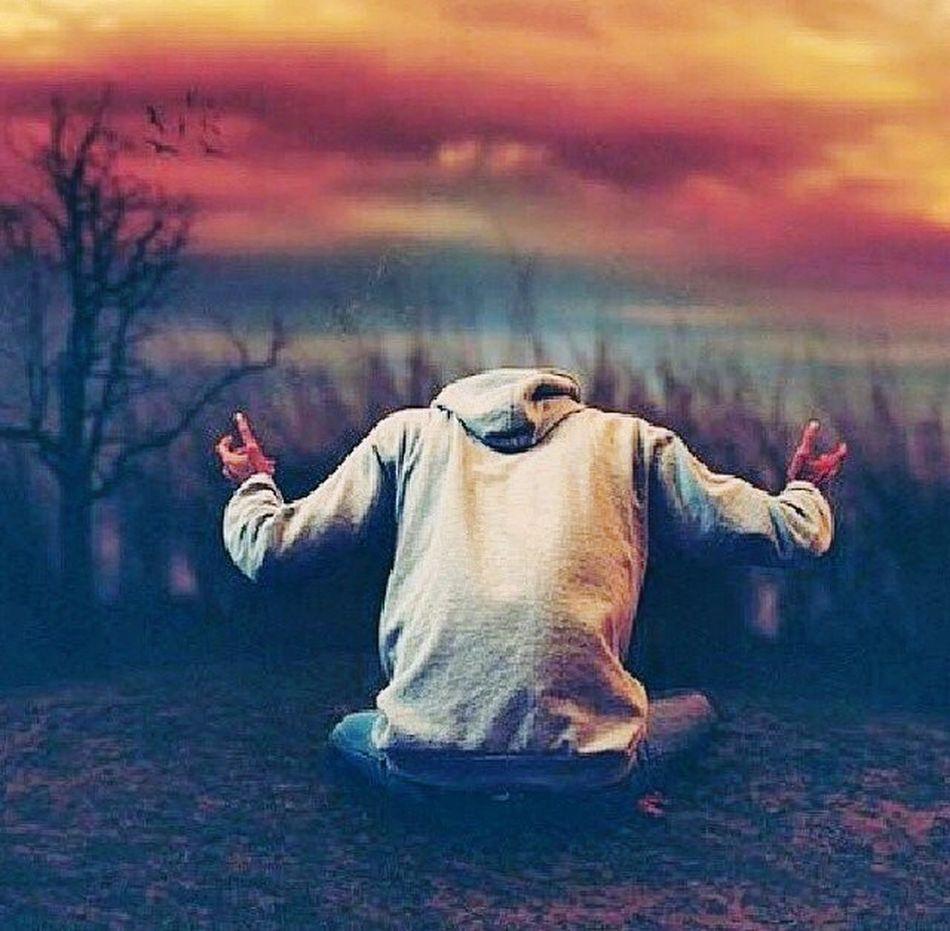 Bezradny Smutny Bez życia Nie Kochany Każdy Ma Prawo Kochać