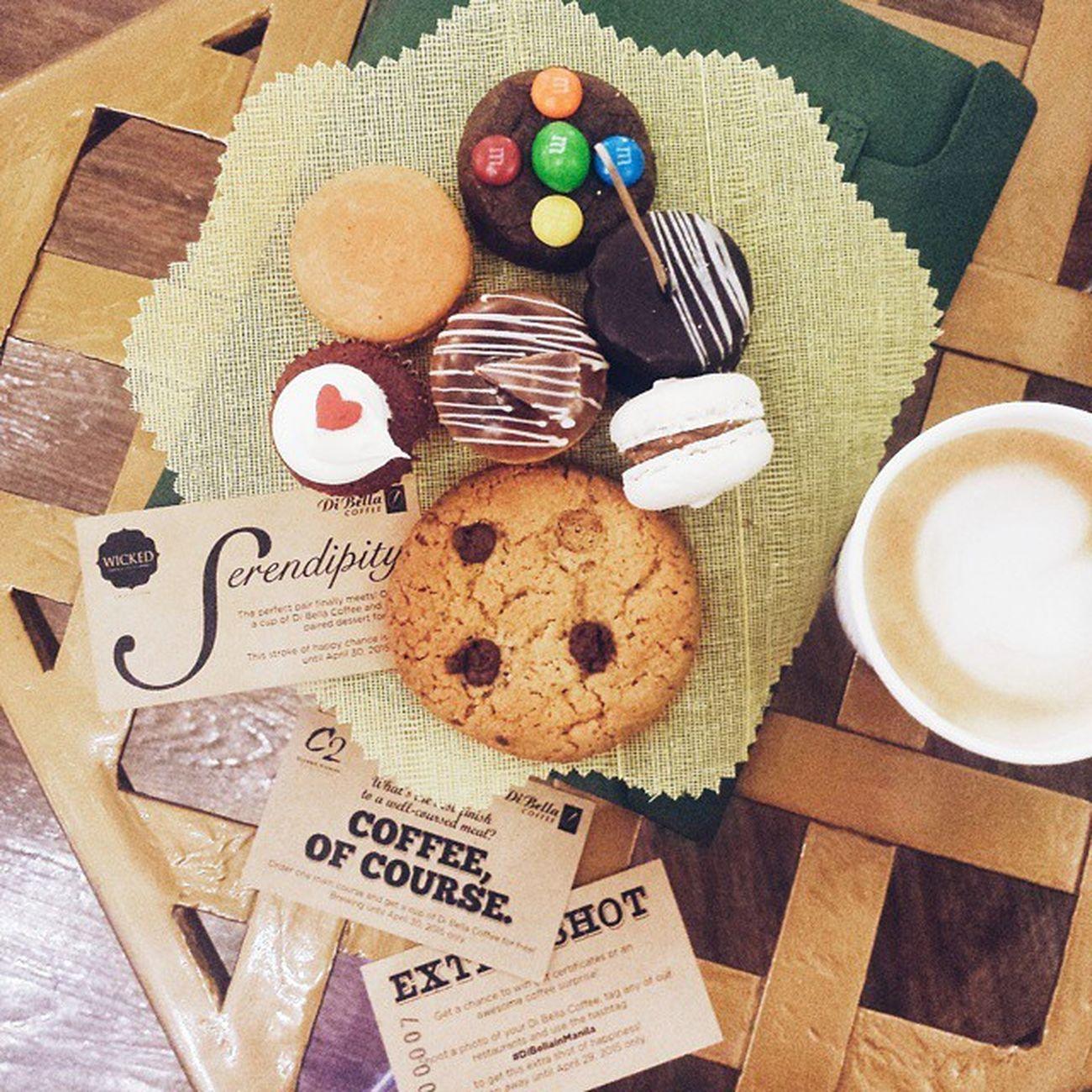 Happening now, Coffee Tea & All That Jazz @shangrilaplazaofficial East Atrium. Coffeeteajazzattheshang DiBellainManila
