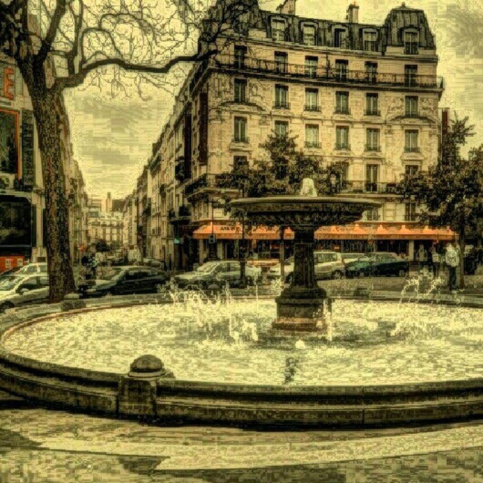 Place Pigalle Paris
