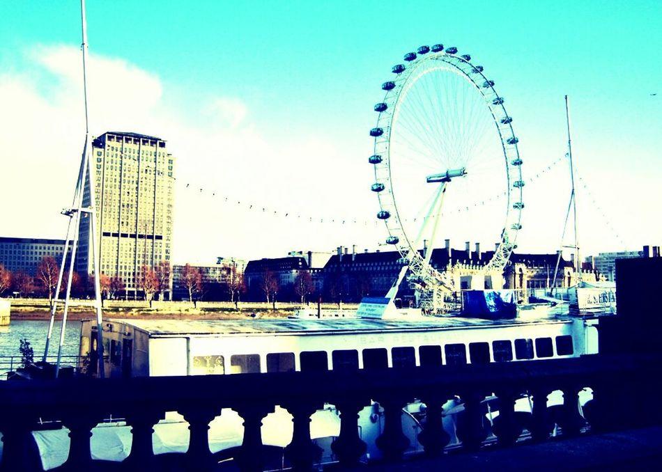 Enjoying Life London :) Check This Out Hello World