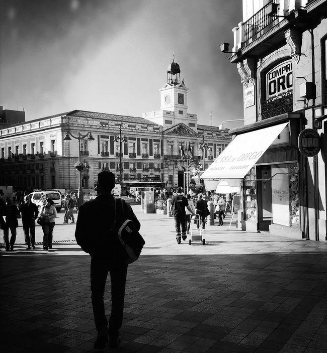 Monochrome_life Streetphoto_bw Movilgrafias Madrid