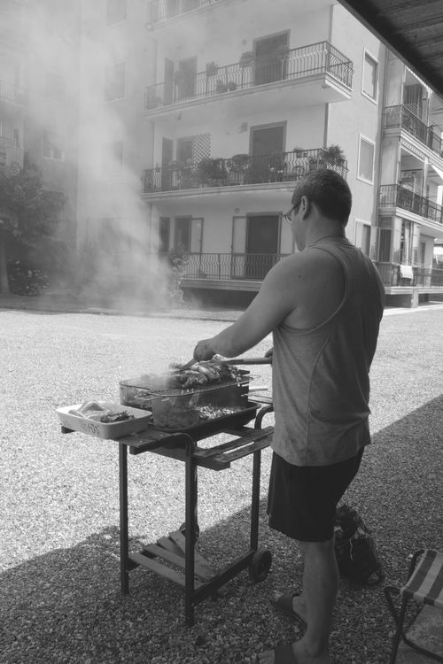 Barbeque BBQ Time Bw_collection Bw_society City City Life Ferragosto Italian Holiday JournalismPhotography LaDolceVita Leisure Activity Life Lifestyles Outdoors Pentax K-5 Rural Lifestyle Sigma 17-50mm Society Traditional Culture Urban Lifestyle Urban Story Urbanphotography