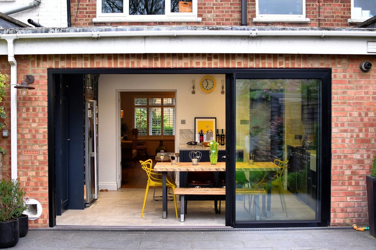Chair Door Window Architecture Business Finance And Industry Doorway Day No People Built Structure Outdoors Building Exterior Kitchen Domestic Kitchen Home Showcase Interior Luxury London Lifestyle Residential Building Architecture Apartment Domestic Life Home Interior Domestic Room Indoors