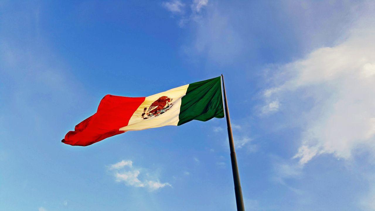 Beautiful stock photos of mexican flag,  Cloud - Sky,  Day,  Flag,  Horizontal Image