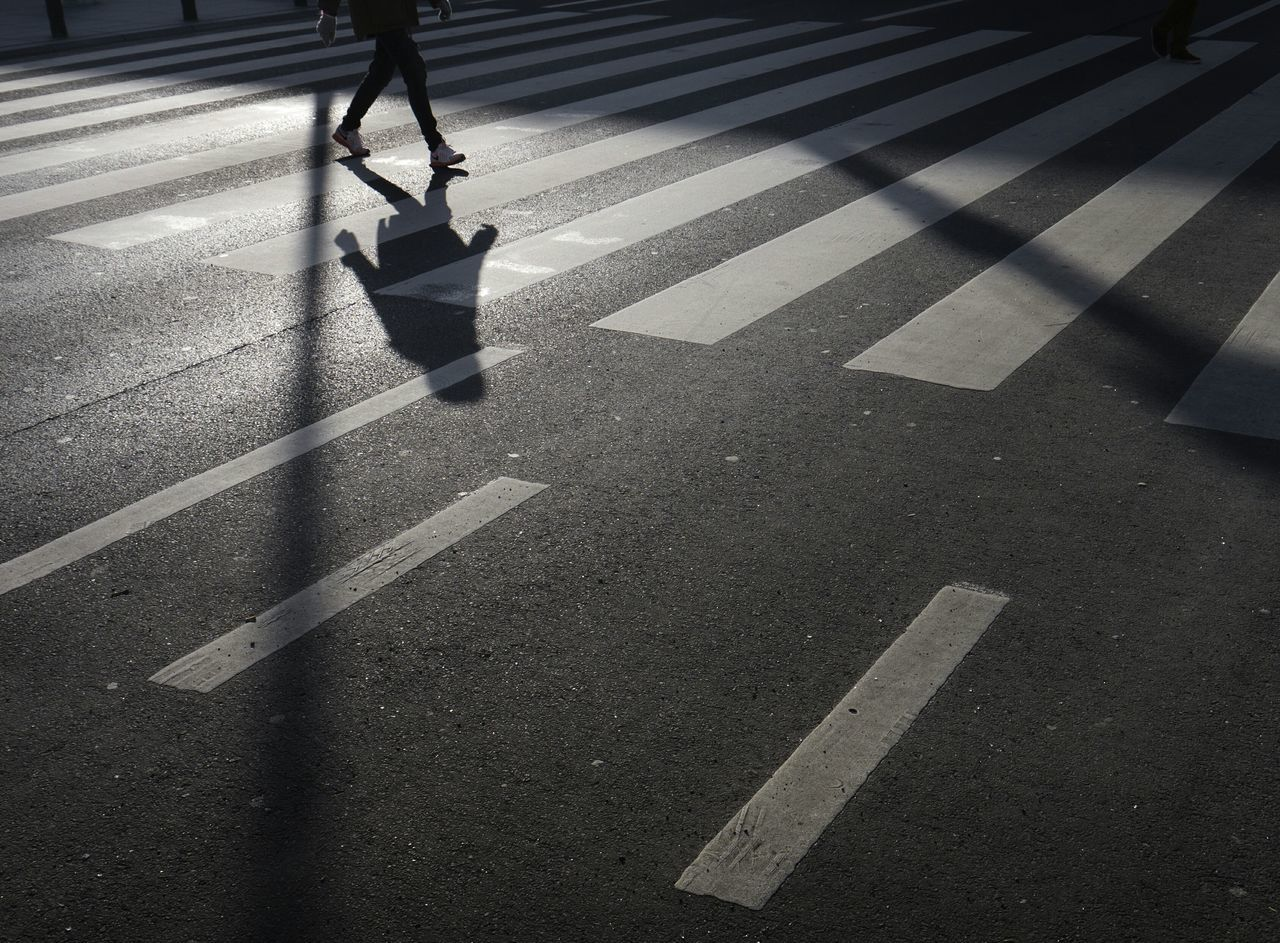 Beautiful stock photos of walk, Crossing, Crosswalk, Human Leg, Low Section