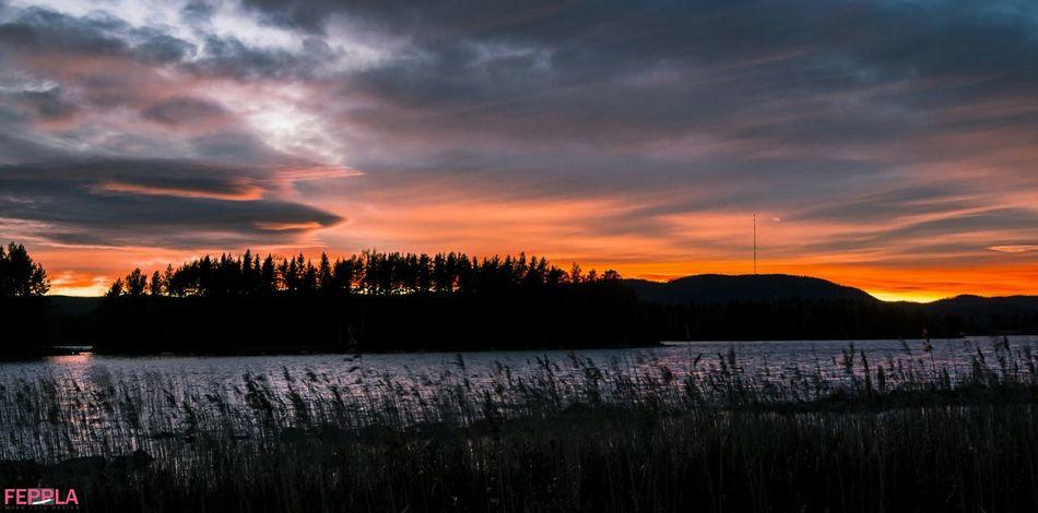 Sunset Sunlight Nature Folowforfollow Folowme Aoutmn Taking Photos Lake View Nofilter