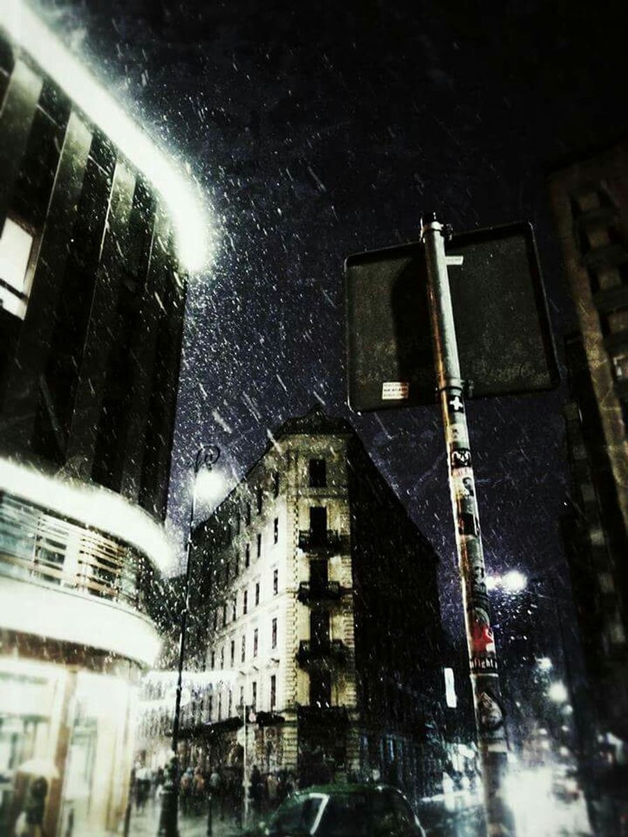 Warsaw Snow ❄ Night In Town  Night Photography Samsungphotography My Smartphone Life Poland Cityscapes City Life Wintertime Streetphotography Night View Nightshot Eye4photography  WarsawCity