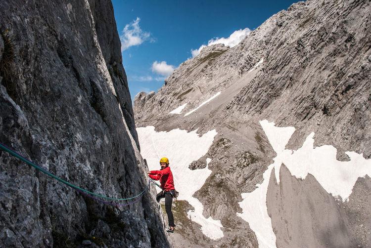Adventure Alpinism Alpinklettern Göttner Im Extremen Fels Karlspitze Klettern Rock Climbing Rocky Mountains Trad Climbing Wilder Kaiser The Great Outdoors With Adobe Adventure Club