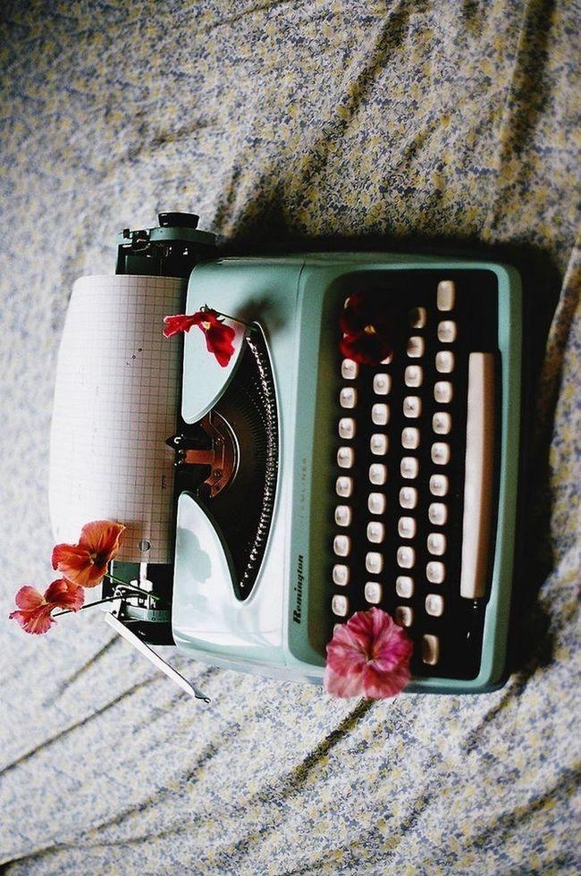 Writing Machine Old