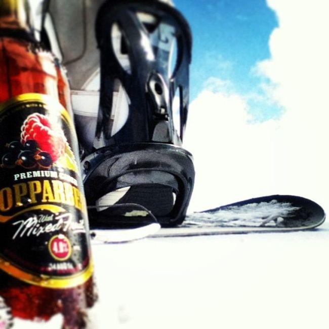 Fruitful refreshment before a good ride down Snowboard Koppaberg Bindings Snow Granddayout