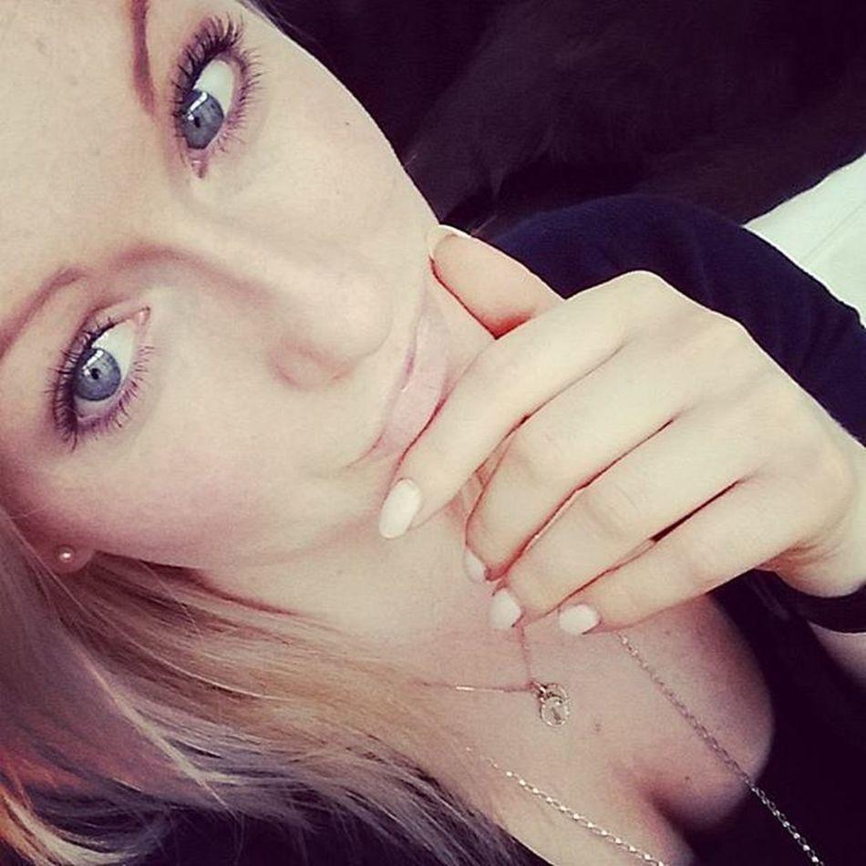 🎈 Mrsgreye Tiredasfuck Workingmom Afternoon Ineedanap Ugh Letsgooutside ✌ go and follow @babes_in_beardland 😘