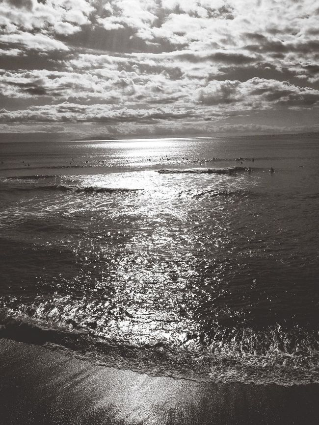Sunset #sun #clouds #skylovers #sky #nature #beautifulinnature #naturalbeauty #photography #landscape Beach Black And White