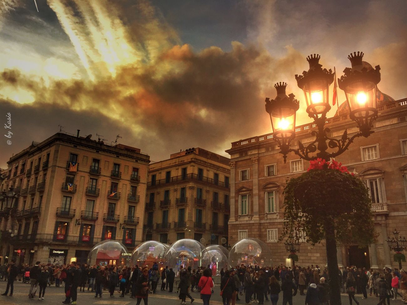 Building Exterior Architecture Large Group Of People Sky Built Structure Cloud - Sky Illuminated City Christmas Market Capture The Moment EyeEm Best Shots EyeEm Best Edits Sky_collection City Street Sunset