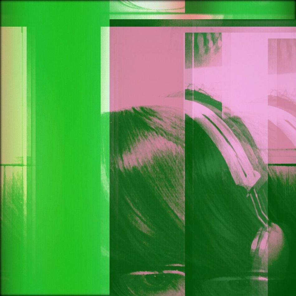 おはよう!***** ***** ***** Listening to 「A WILL」- Luna Sea *** Have a great Sunday!!! *** Jrock Luna Sea Sunday Lomo #Music #Selfie