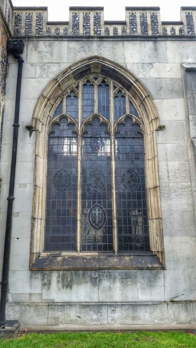 Battlements Medieval Architecture Arches Stone Architectural Detail Chelmsford Cathedral Leaded Windows Leaded Glass Church Gothic Arches Stone Wall Flint