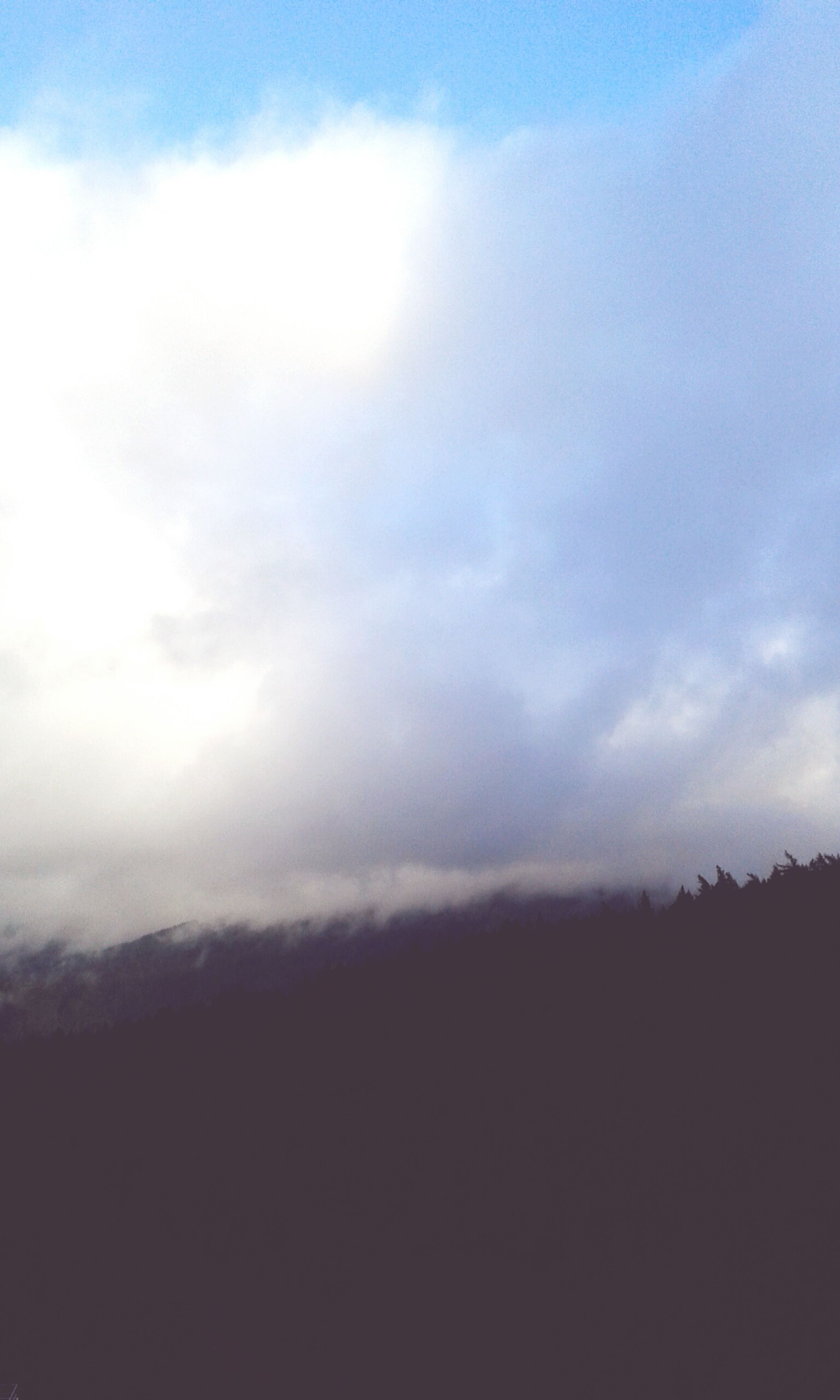 silhouette, tranquil scene, tranquility, scenics, landscape, beauty in nature, sky, nature, cloud - sky, calm, dark, cloud, majestic, cloudscape, day, non-urban scene, outdoors, mountain, outline, cloudy, no people, atmospheric mood, atmosphere, remote