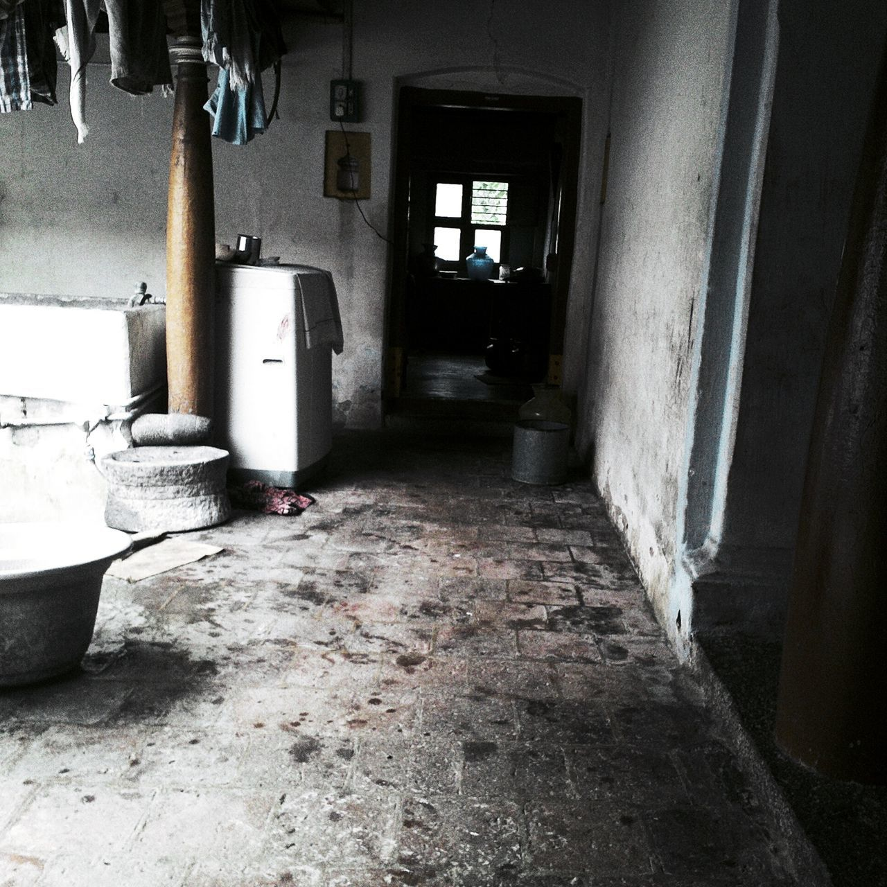 indoors, abandoned, damaged, architecture, no people, bad condition, built structure, hospital, day