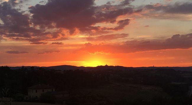Todi  Umbria, Italy Sunset Dramatic Sky Sky Umbrian Landscape Landscape Sunlight Sun No People
