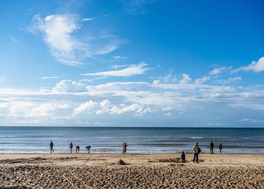 Summer Views Blue Sky Summer Beach Sea Landscape Clouds And Sky