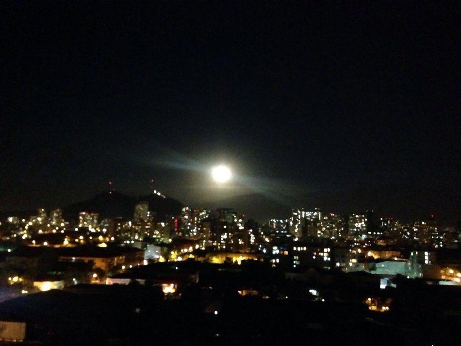 Bienvenida luna llena ❤ Santiago De Chile City Illuminated Night No People Sky Sin Filtros Moonlight Moonshine Moon_lovers Moonphotography