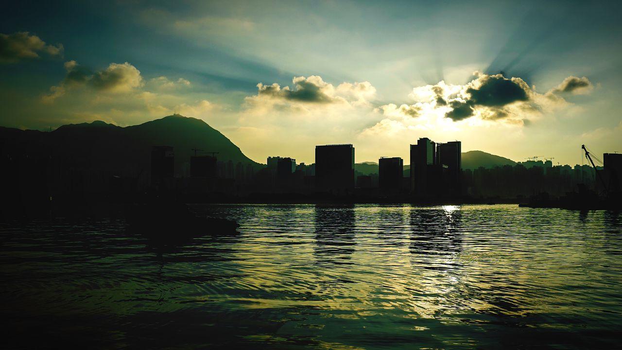 sunrise HongKong Discoverhongkong Leicaq Leica Sunrise Morning To Kwa Wan 16x9photography Walking Around EyeEm Best Shots