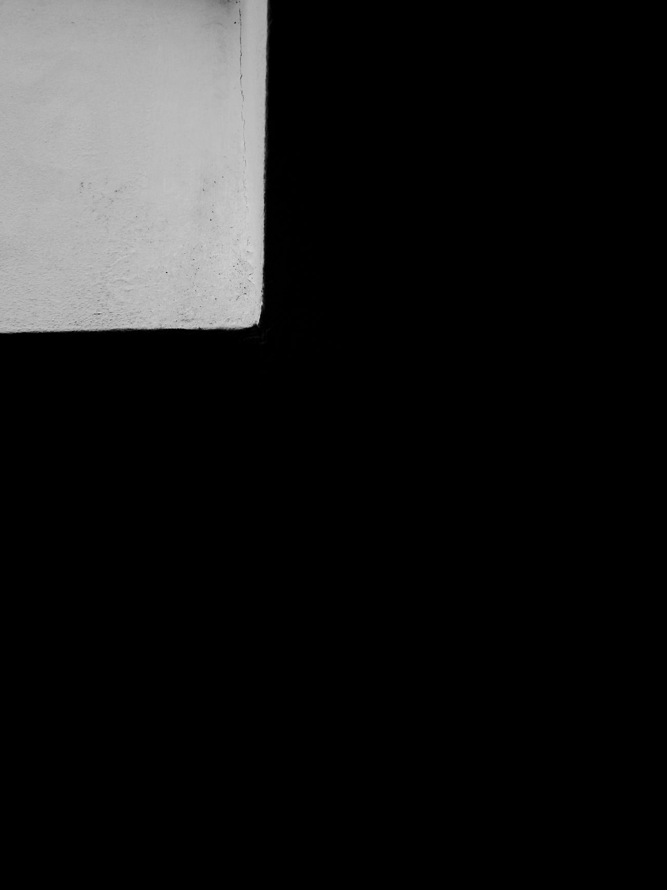 Architectural Feature Black And White Bnw Other Perspectives EyeEm Bnw Built Structure Architecture Window Angles Backgrounds Geometric Shape Full Frame Selective Focus Bnwphotography No Edit/no Filter EyeEm Gallery Part 3 Darkness