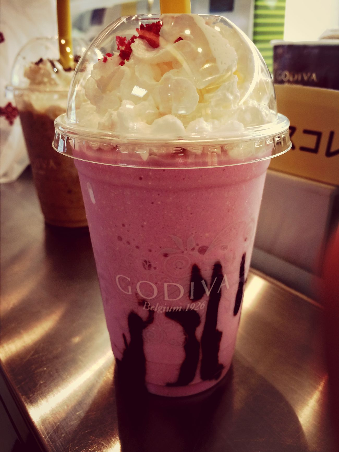 Godiva Raspberry Ice Blended