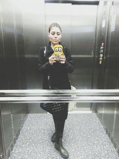 Asansor Selfiesi ..