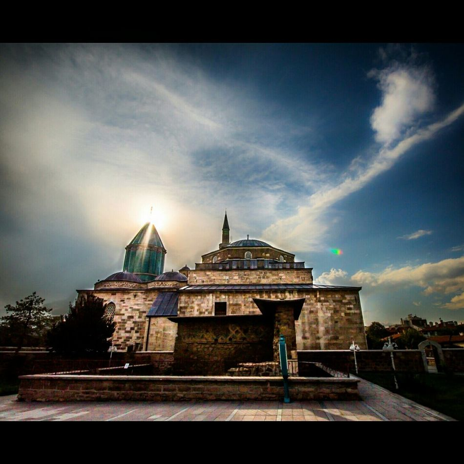 Mevlana Mosque Mevlanamüzesi Mevlanacelaleddinrumi Sky And Clouds Sun Historical Clouds Konya Turkey