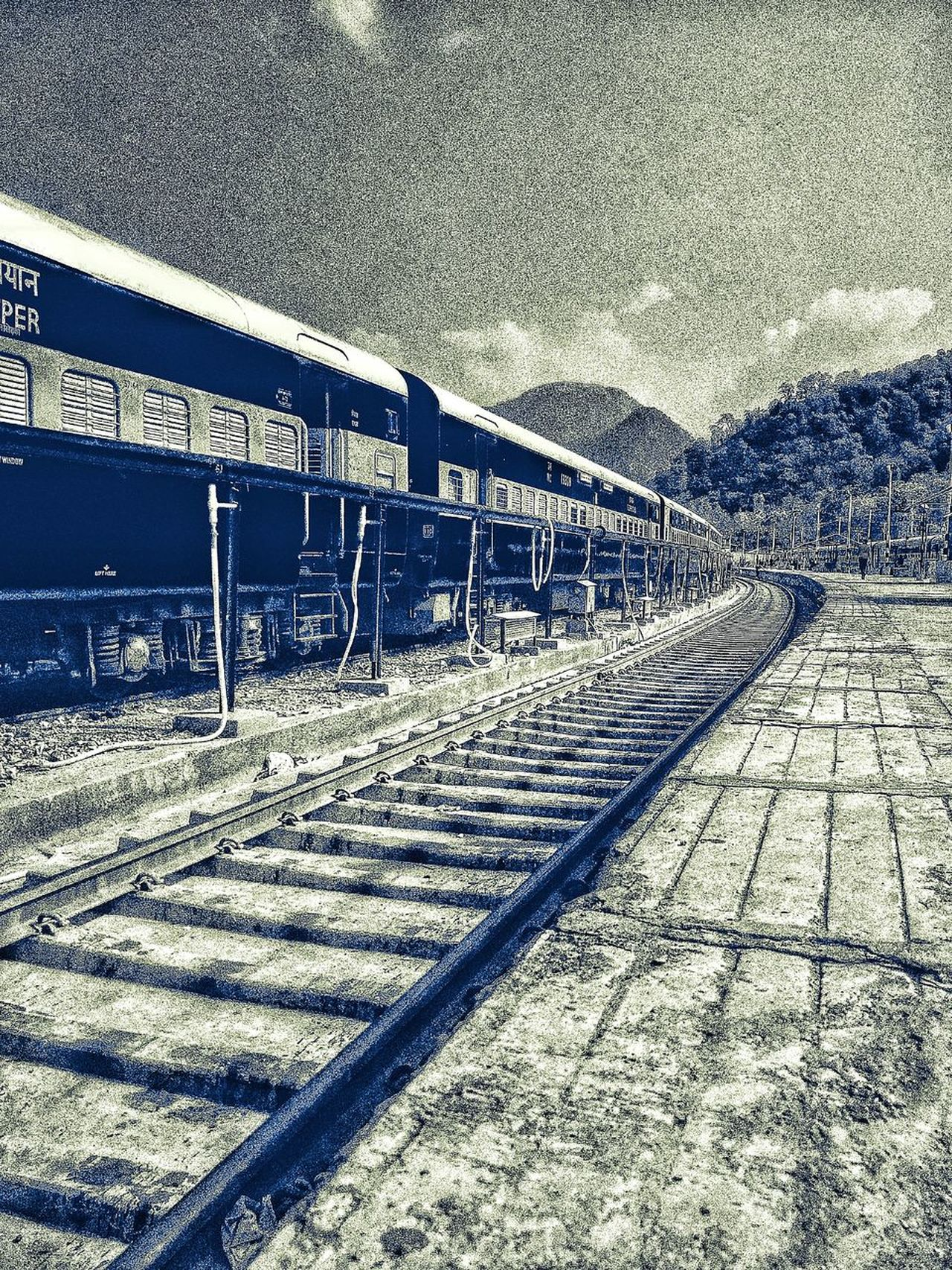Pattern Backgrounds Textured  Day No People Outdoors EyeEm Gallery India Uttrakhanddairies Uttrakhand Train Station Platform Train Station Edited Snapseed Eyeemphotography Oneplus2 Oneplusphotography Train - Vehicle Train Tracks Transportation Hilly Area Grainy Effect Grainy Images Grainy Texture Indian Railways