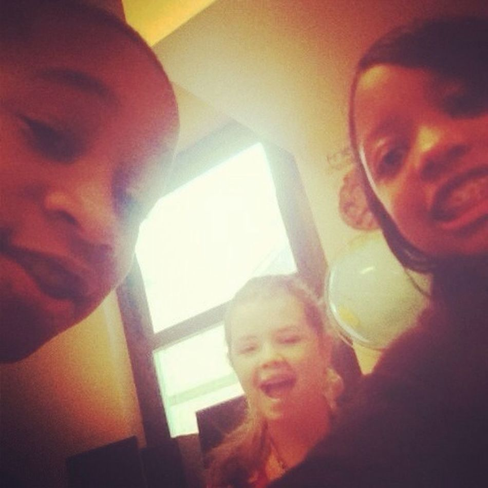 Me Chloe And Pilarr