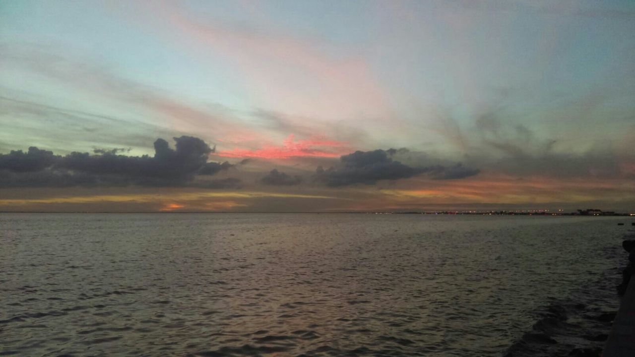 nature, sunset, tranquility, tranquil scene, scenics, sky, beauty in nature, outdoors, sea, no people, water, cloud - sky, horizon over water, day