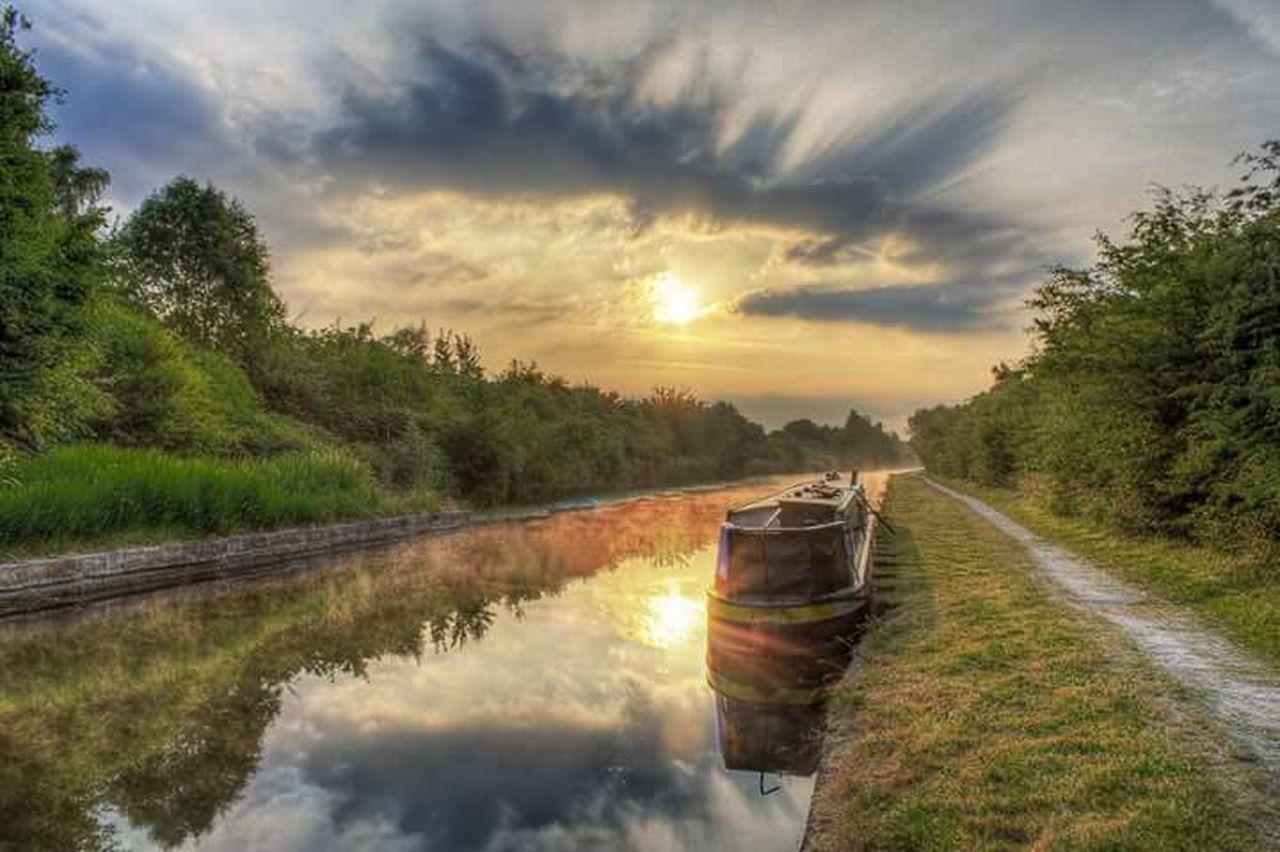Sunrise over Worsley, Manchester. Manchester Sun Sunrise Sunshine Sun_collection Nature_collection Boat EyeEm Best Shots EyeEm Masterclass
