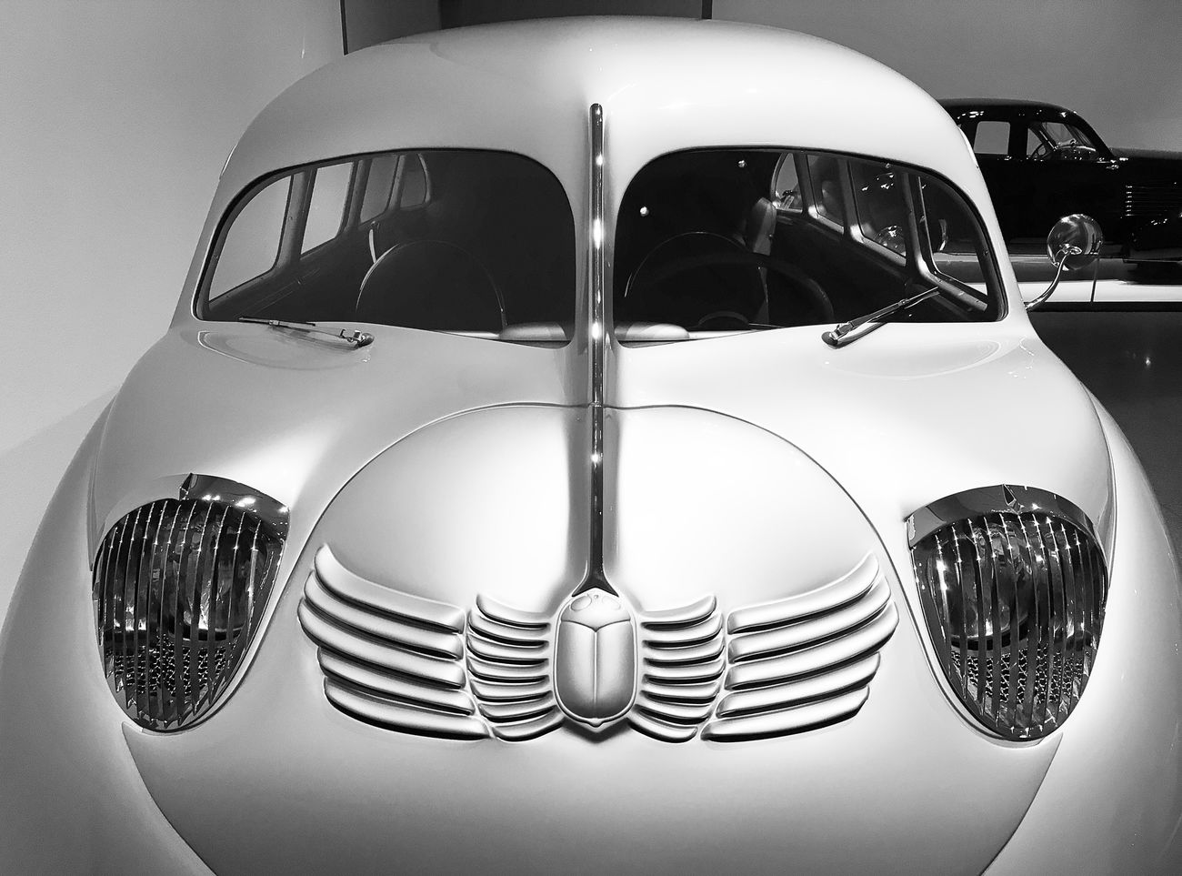 Transportation Car Mode Of Transport Old-fashioned Sculpted Vintage Car Automobile Retro Car Industrial Design Streamlined Classic Art Deco Art Deco Design Sculpted Metal Sculpted In Steel Museum Piece Retro Scarab EyeEmNewHere EyeEm Best Shots Chrome Retro Style Collector's Car Silver  Retro Styled