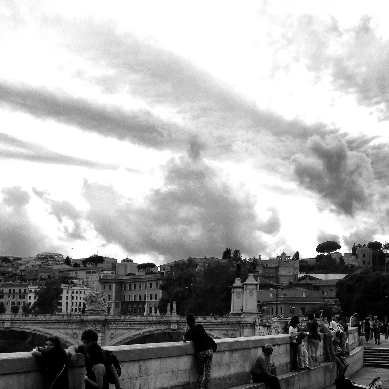 Sky Cloud - Sky Architecture Travel Destinations Outdoors Large Group Of People Rome Roma Black&white Blackandwhite Blackandwhite Photography Black & White Black And White Black And White Photography Blackandwhitephotography Black And White Collection  LG G3 Photography LGg3photography LGG3 High Contrast Monocrome EyeEmNewHere