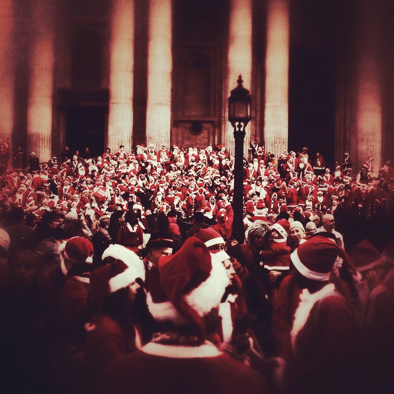Santacon London St Pauls Cathedral Large Group Of People Crowd Lifestyles Santas Fresh On Eyeem  Art Is Everywhere