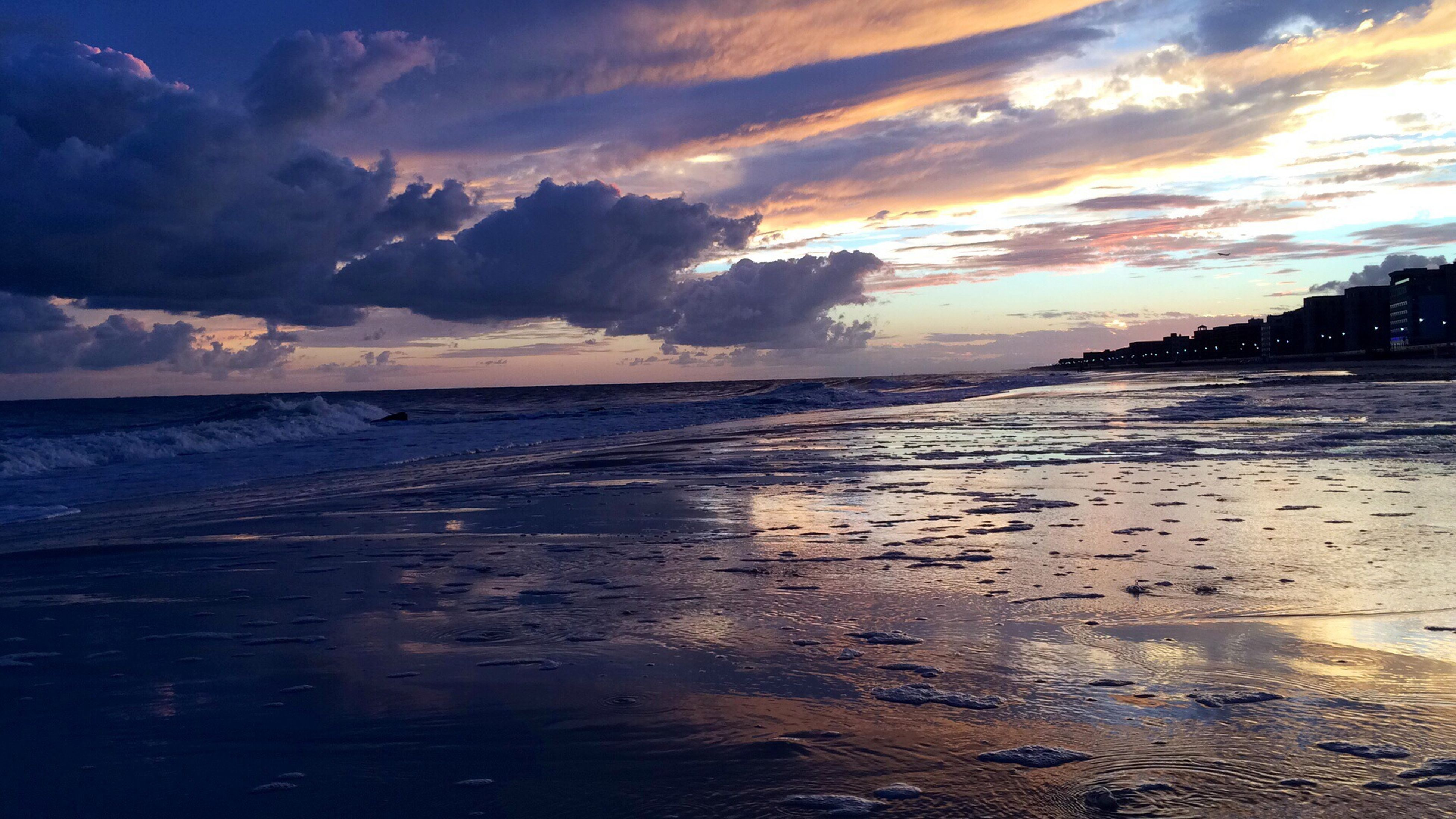 water, sea, beach, sunset, horizon over water, sky, scenics, tranquil scene, shore, beauty in nature, tranquility, cloud - sky, reflection, sand, nature, idyllic, wave, cloud, coastline, dusk