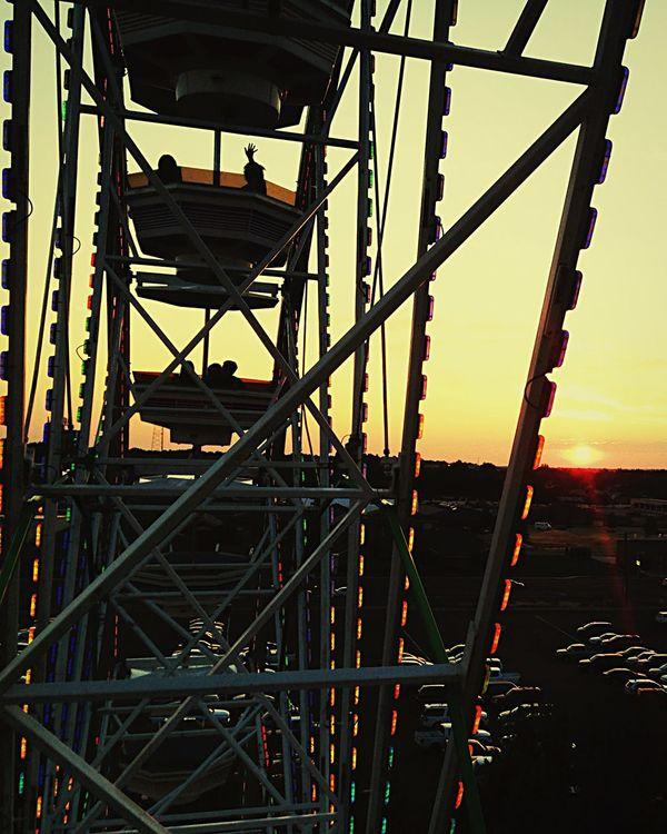 Ferris Wheel Ferris Wheel Colors Hello World Light Sunset Sky Getting Inspired Lines Geometric Shapes Negative Space