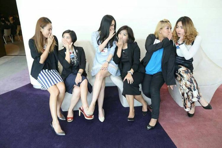 Gossip girls Group Of People Mobile Phone Full Length Wireless Technology Business White Collar Worker People Women Gossip Adult Only Women Colleague Beauty Adults Only Indoors  Occupation Females Friendship Coworker Well-dressed