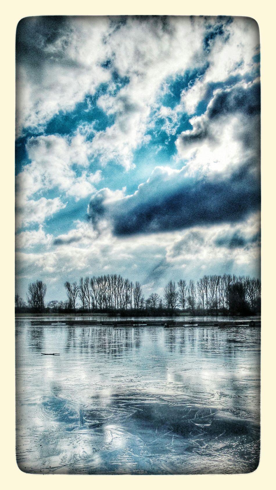 noch ist es kalt, aber... Taking Photos Enjoying Life Winter-time In Germany First Eyeem Photo My Hobby