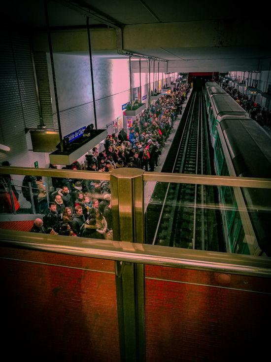 Metro Station Crowdshot Crowded Metro Tourism Transportation Peopleandplaces