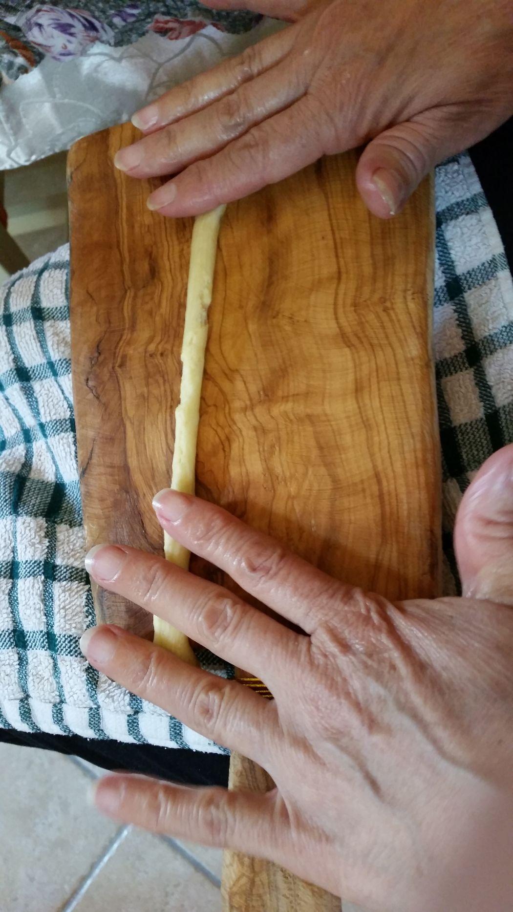 Abruzzo Traditions Coockies EyeEm Gallery Foodphotography Handmade Hands Taralli Wooden Cutting Board