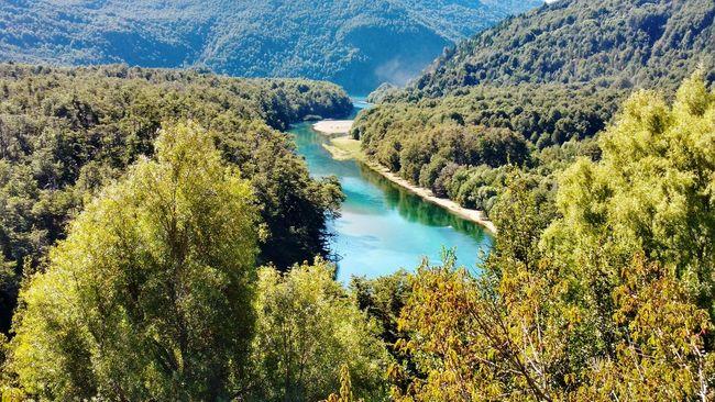 Río Arrayanes Parque Nacional Los Alerces Esquel Chubut Argentina Agua Pura Bosque Rio