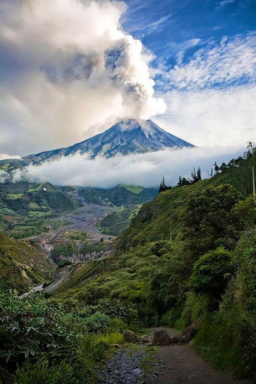 Summer Volcano Volcanic Landscape Mountain Nature Landscape Power In Nature Cloud - Sky Mountain Range Travel Ecuador EyeEm Selects No People Eruption Baños De Agua Santa Tungurahua Adventure Beauty In Nature Day