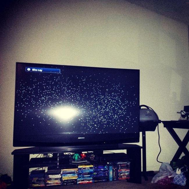 TV is on its last leg Dontdie Dontleaveme Canihaveafuneralforatv Fixitfelix Icanfixit Justneedmoney